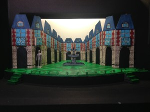 The Liar Set Design
