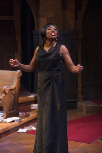 Regina Marie Williams as Nina Simone (Photo by Petronella J. Ytsma)